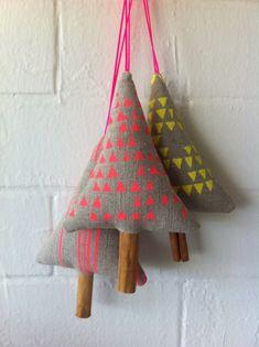 Conjunto de 3 Neon lino ornamento de Navidad, decoración, huella, vacaciones, media embutidora, amarillo rosado