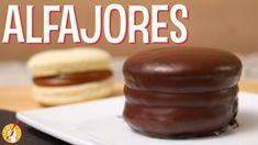 Tenedor Libre - Alfajores Tapas, Doughnut, Pudding, Desserts, Food, Youtube, Chocolate Frosting, Desert Recipes, Sweet Treats