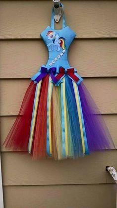 Organizing Hair Accessories, Diy Hair Accessories, Tutu Bow Holders, Headband Holders, My Little Pony Hair, Bow Display, Princess Hair Bows, Ribbon Bows, Ribbons