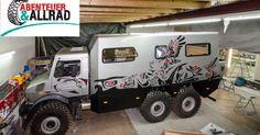 Der Offroad Leichtbau Manufaktur Unimog 6x6 wird auf der Messe in Bad Kissingen…