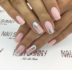 43 Beautiful Prom Nails for Your Big Night Simple and Elegant Nail Design for Short Nails Elegant Nail Designs, Short Nail Designs, Elegant Nails, Stylish Nails, Trendy Nails, Cute Nails, Nail Art Designs, Nails Design, French Pedicure Designs
