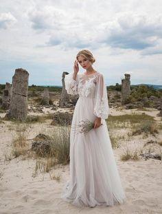 2018 New Boho Wedding Dresses Long Sleeves Bohemian Wedding Dresses Appliques Tulle Floor Length Beach Wedding Gowns Cheap Bridal Dresses