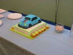 Celebrating International Women's Day at Universal Technical Institute in Rancho Cucamonga, CA with a car cake! http://www.uti.edu/campus-locations/los-angeles