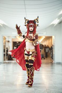 Alexstrasza from World of Warcraft, cosplayed by Tine Marie Riis