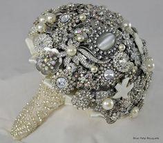 Bling! Brooch Bouquet by Blue Petyl #bridal #bouquet #brooch