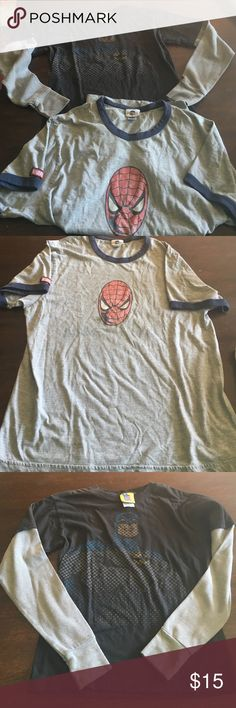 Super hero bundle boys tops sz small Super hero bundle boys tops sz small.  Short sleeve t shirt Spider-Man (universal Orlando) Long sleeve shirt batman (junk food) Junk Food Shirts & Tops Tees - Short Sleeve