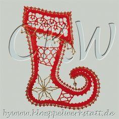 Klöppeln Elfenstiefel Lace Heart, Lace Jewelry, Lace Making, Lace Patterns, Bobbin Lace, Lace Design, Xmas, Christmas, Lace Detail