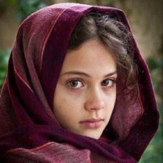 Girl (Muslim; Fars) (Da Afghaanistaan Jumhuryat, Faaris, Khuraasaan) (Photograph) #RepublicofAfghanistan #Persia #Persian