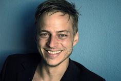 """""""A man is meant to play Jaqen H'ghar"""" Ladies and gentlemen, presenting Tom Wlaschiha"""