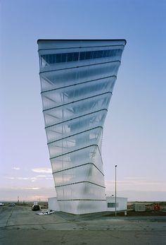 BBI Info-Tower / Kusus + Kusus Architekten