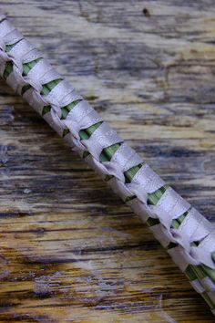 How's Robb?: How To Make Lavender Wands