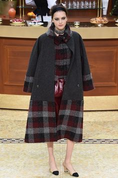 chanel-fw15-pfw-runway-low-res-44 – Vogue