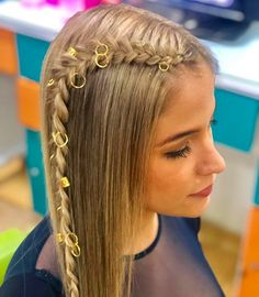5 Best Summer 2019 Makeup Trends You Need To know. Love Quiz, Wildest Fantasy, Wedding Hairstyles For Long Hair, Summer Makeup, Makeup Trends, Boobs, Braids, Hair Accessories, Long Hair Styles