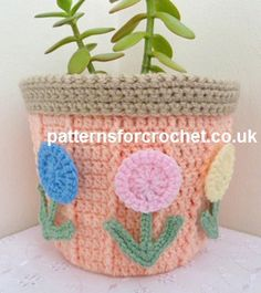 Free PDF crochet pattern for plant pot cover http://www.patternsforcrochet.co.uk/plant-pot-cover-usa.html #patternsforcrochet