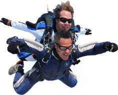 Saut parachute en tandem chez Voltige près de Montréal