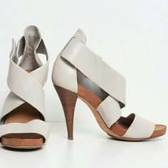 Theory Cream Leather Heels - Like New Designer: Theory  Size: 37 (7 US) Color…