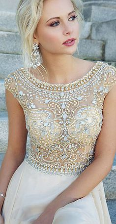 This lovely beaded #weddingdress brings new meaning to the #mermaid look. Would be perfect for a #beachwedding.