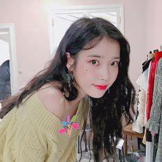 Bae Suzy, Kdrama Actors, Tumblr Girls, Korean Actresses, Little Sisters, Korean Beauty, Beautiful Actresses, Korean Singer, Girl Power