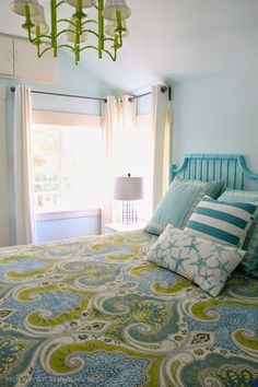 When we were in Georgia at the end of the summer, I had the opportunity to visit Doc Holiday, another incredible Tybee Island beach cottage restored by Jane Coslick! The owner of this home, Vicky Patt