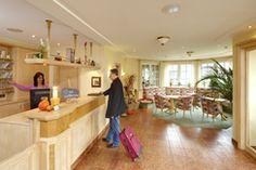 Das Hotel Pfeffermühle liegt am Stadtrand von Siegen und bietet neben einem ansprechenden Mittagsbuffet und 3 -Sterne Übernachtungen auch Tagungsräumlichkeiten für bis zu 80 Personen an