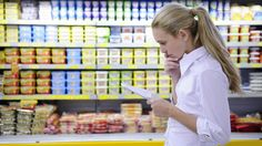 ¿Te cansa hacer la compra en función de tu estado de ánimo para luego encontrarte con demasiados tipos de galletas y de papas fritas en casa? He aquí una lista sensata de los productos que debes tener siempre a mano.