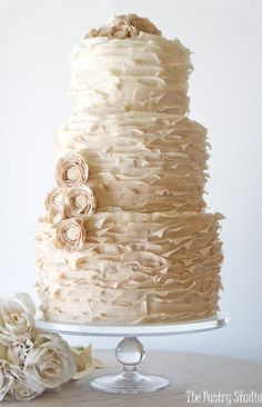 Pretty Pearl Ombre Wedding Cake: Cakes with Pearls, Elegant Cakes