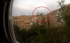 Spider Creature (ALIEN) captured on Video in Russia Climbing Building