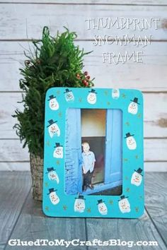 Thumbprint Snowman Frame - Kid Craft Idea For Winter Christmas Gifts For Parents, Christmas Crafts For Kids To Make, Toddler Christmas, Christmas Art, Christmas Projects, Christmas Decorations, Rustic Christmas, Amazon Christmas, Danish Christmas