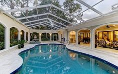 These stunning examples of indoor swimming pool designs are going to make you forget everything you thought you knew about them. Read on for swimming pools that is even better than their outdoor counterparts, rain or shine. Small Outdoor Spaces, Outdoor Areas, Outdoor Pool, Indoor Outdoor, Outdoor Living Spaces, Small Backyard Pools, Indoor Swimming Pools, Swimming Pool Designs, Spa Design