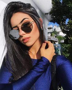 Designer Sunglasses for Women. Checkout the Best Sunglasses to Match with Your Outfit. Girl Photo Poses, Girl Photography Poses, Girl Photos, Lunette Style, Fashion Eye Glasses, Pic Pose, Selfie Poses, Insta Photo Ideas, Tumblr Girls