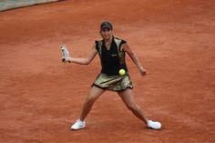 2010 - Aravane Rezai, Madrid Open Maisie Williams, Wimbledon, Mode Tennis, Tennis Fashion, Short En Jean, Jeans, Madrid, Running, Sports
