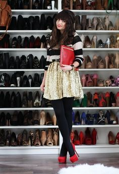 Love the outfit and I would love to have all those shoes!
