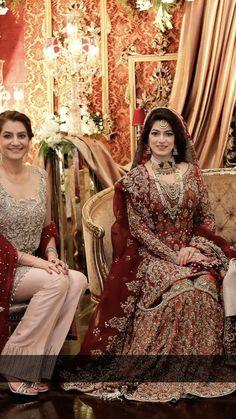 Bridal Mehndi Dresses, Desi Wedding Dresses, Asian Wedding Dress, Bridal Dress Design, Bridal Lehenga, Bridal Style, Bride Dresses, Shadi Dresses, Pakistani Formal Dresses