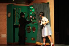 Wizard of Oz - Liberty High, April 2013, Awarded for Best Scenic Design by 5th Avenue High School Musical Awards