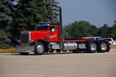 Ernie's Wrecker Service - Vernon Hills IL, Peterbilt 359 (recently transformed back to a tow truck w/ Holmes 850)