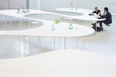 Cloud Table par Studio MAKS pour Ventura Lambrate - Journal du Design