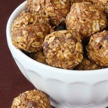 No-Bake Energy Bites 1 cup oatmeal 1/2 cup peanut butter (or other nut butter) 1/3 cup honey 1 cup coconut flakes 1/2 cup ground flaxseed 1/2 cup mini chocolate chips 1 tsp vanilla