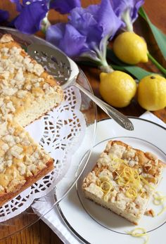 Lemon Crunch Coffee Cake | A tender yeast cake with a super topping - crunchy and lemony!
