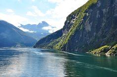 Discover the world through photos. Norway Fjords, Community, Mountains, World, Nature, Travel, Naturaleza, Viajes, Destinations