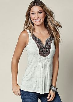 This top makes off-duty dressing so easy. Vevnus embroidered detial tank with Venus deep cuff jeans.