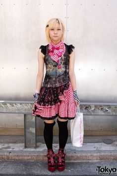 Alice and the Pirates Meets 6%DokiDoki - love the tulle overlay of the gingham