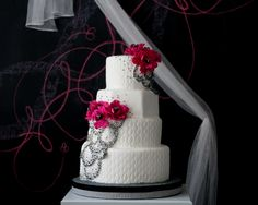 The Caketress's cake inspired by a vintage Christian DIor dress!