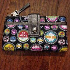 Relic wallet Relic wallet, bottle cap pattern. Like new. Relic Bags Wallets