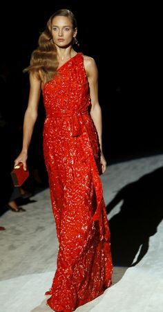 This is one drop dead gorgeous gown - Salvatore-Ferragamo-spring-2012-red-gown-latest-fashion-trends