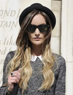 Tie & dye blond - Street Style coiffure : le tie and dye