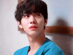 Jae Lee, Lee Sung Kyung, Drama Korea, Korean Drama, Dramas, Ahn Hyo Seop, Romantic Doctor, Medicine Student, Second Doctor