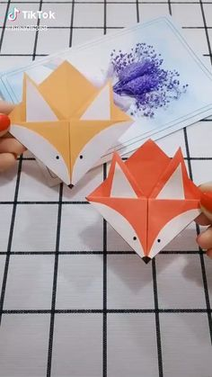 Diy Crafts Hacks, Diy Crafts For Gifts, Paper Crafts For Kids, Diy Crafts Videos, Diy Videos, Instruções Origami, Origami Videos, Paper Crafts Origami, Origami Bookmark