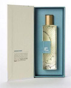 A Rather Novel Collection Eau de Parfum - Branding & Packaging - 2019 Perfume Perfume Packaging, Luxury Packaging, Bottle Packaging, Beauty Packaging, Cosmetic Packaging, Brand Packaging, Honey Packaging, Design Packaging, Gift Packaging
