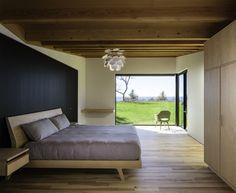 Michigan Lake House by Desai Chia Architecture | HomeAdore