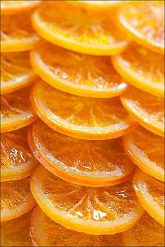 Naranjas confitadas para Navidad. Oranges, perfect fruit to eat around the Holiday Season.